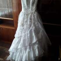 платье свадебное, в Феодосии