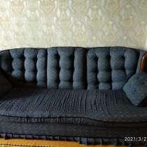 Диван и одно кресло, в г.Караганда