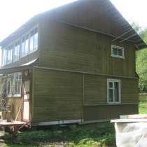 Жилой дом в деревне, в Лугах