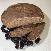 Хлеб с черной смородиной и клюквой на закваске, в Костроме