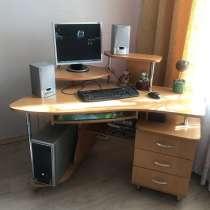 Компьютер + компьютерный стол, в Рославле