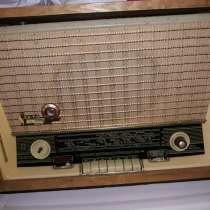 Винтажная радиола Sakta, в г.Бельцы