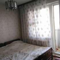 3 комнатная рядом метро Позняки, в г.Киев