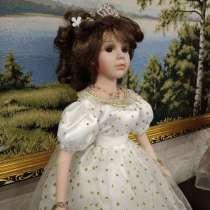 Фарфоровая коллекционная кукла Моника, в Омске