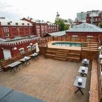 Банкетно-презентационный зал с бассейном на крыше, в Москве