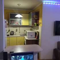 Сдаю 2ух комнатную квартиру, в Центре, в г.Бишкек