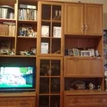Продается шкаф-стенка, в Тольятти