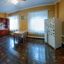 Дом 463 кв. м. у областной больницы, в Челябинске