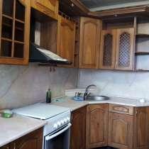 Кухонный гарнитур в белгороде цена 10000 торг возможен, в Белгороде