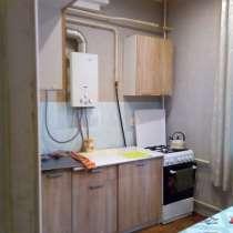 Комнату 14м в 3-х комнат кварт 62м с соседом-вахтовиком, в Тихорецке