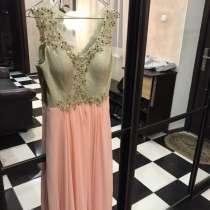 Продаю платье, в Батайске
