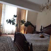 Продаю 4-х комнатную квартиру по ул. Уметалиева (бывшая Свер, в г.Бишкек