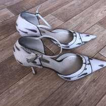 Продать туфли, в Красноярске