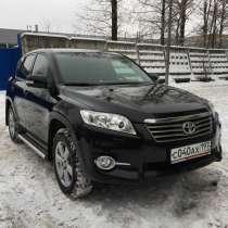 Продам автомобиль Toyota RAV4, в Москве