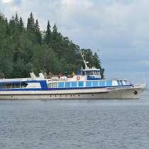 Судно морское, речное, озерное, в Петрозаводске