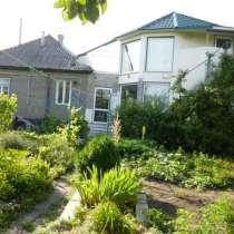 Меняю в Луганске большой дом на квартиру с доплатой мне, в г.Луганск