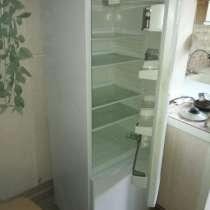 Продается холодильник, в г.Актау
