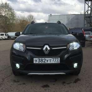 Renault Sandero Stepway 1.6AT, 2017, хетчбэк, в Москве