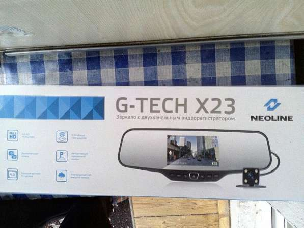 Видеорегистратор зеркало G-TECH X23 NEOLINE