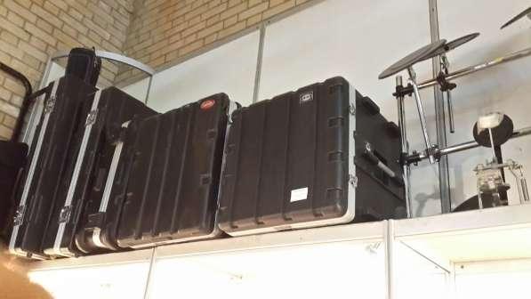Гитары, синтезаторы световое и звуковое оборудование в Москве фото 12