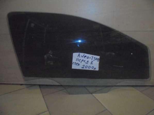 Переднее стекло Шевроле