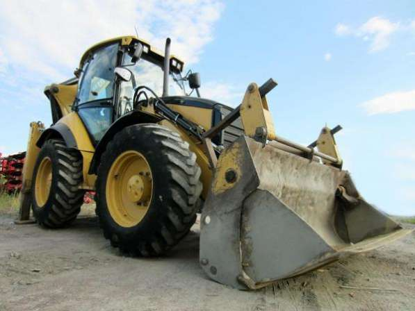 Экскаватор-погрузчик CAT 434, 2012 г., 6000 м/ч макс. комплектация