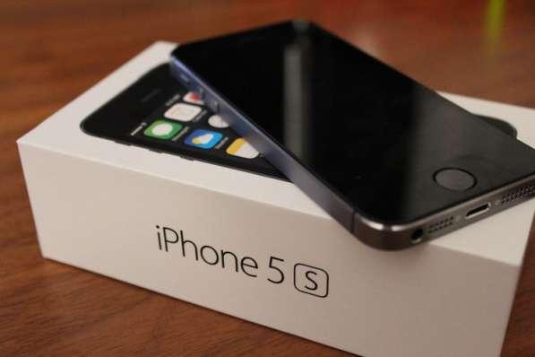 IPhone 5s черный на 16 гб