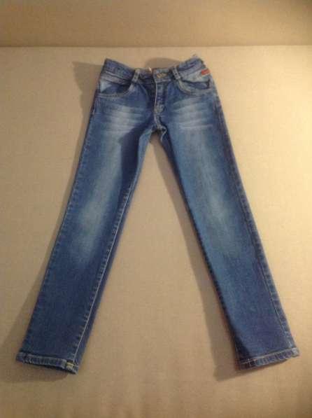 Продам джинсы Б/у в отличном состоянии, размер 116-122