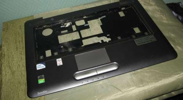 Панель с тачпадом от ноутбука Toshiba A300-27W