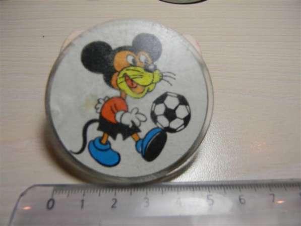 Детские футбольные значки СССР, 10 штук