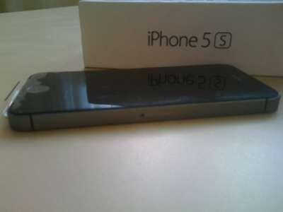 смартфон Apple iPhone 5S 16Gb Gray