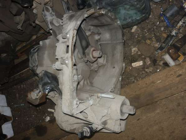 Renault Sandero МКПП 1.6 K7MF710