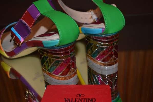 Босоножки Valentino, цвет: разноцветная полоска в фото 3