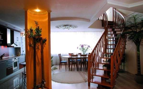 Планировка комнаты с лестницей