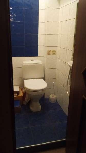 Меняю комнату 26 м2 в 2ккв. (р-н Коломна)на 1ккв. с доплатой
