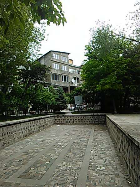 In the center of Yerevan:В центре Еревана:270 q. m в фото 17