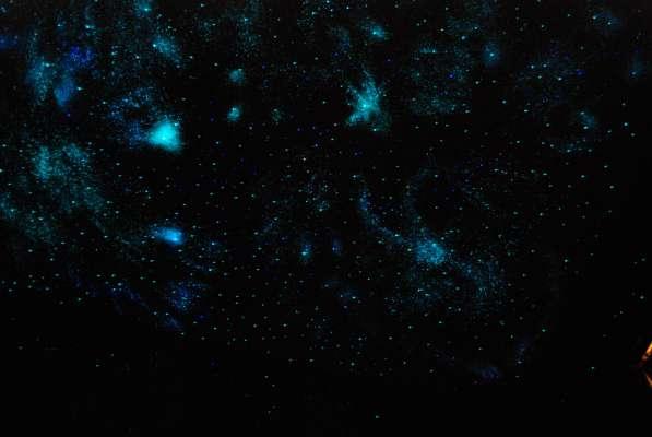 Потолок Звёздное небо Роспись видимая только в темноте