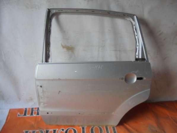 Задняя левая дверь на форд