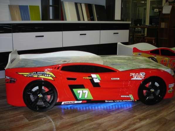 Детские кровати машинки в
