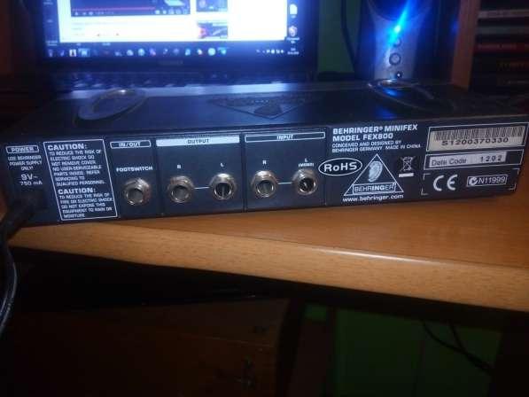Behringer minifex FEX800 - вокальный процессор в Ярославле