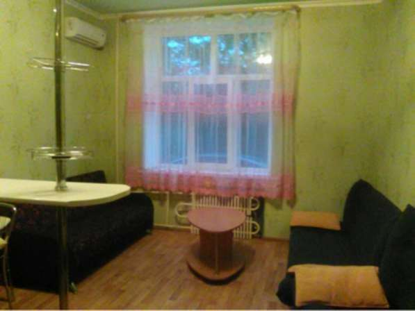 В Кропоткине в МКР 1-комнат. квартира-студия 21, 5 кв.м. 1/5