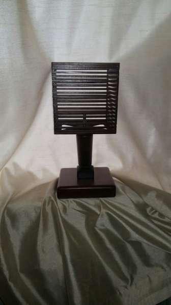Настольная лампа ручной работы из дерева/ясень/