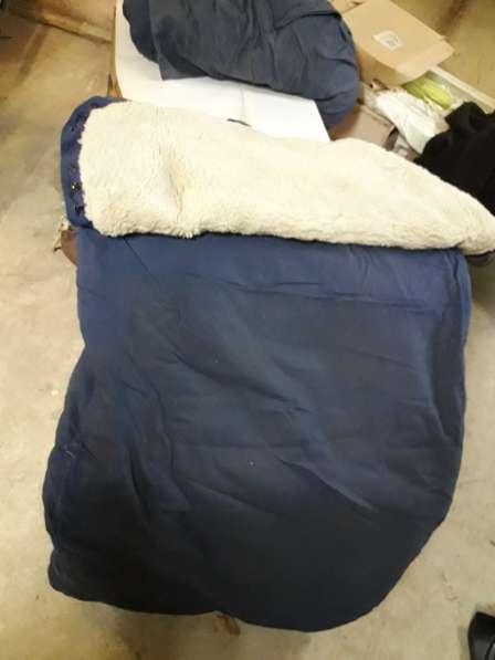 Овчина: 3 спальника, 2 полушубка, 1 меховые штаны в Томске фото 4