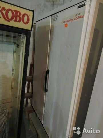 торговое оборудование Холодильный шкаф Helkama