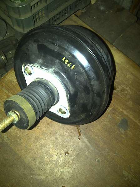 VW Passat B-5+ усилитель тормозов вакуумный
