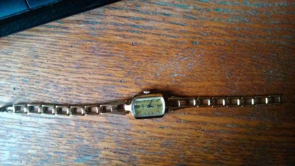 Часы с браслетом