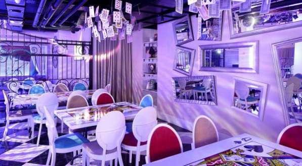 Ресторан с ночным клубом и караоке, м. Лесопарковая