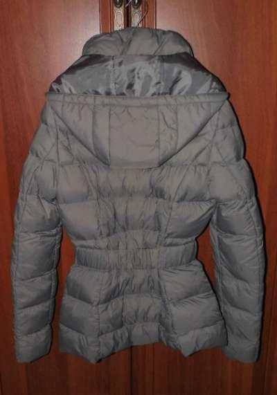 Куртка новая с капюшоном CAMAIEU новая в Москве