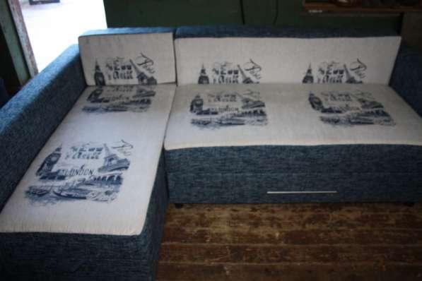 Угловой диван 145х230 см Серо-голубой с рисунком