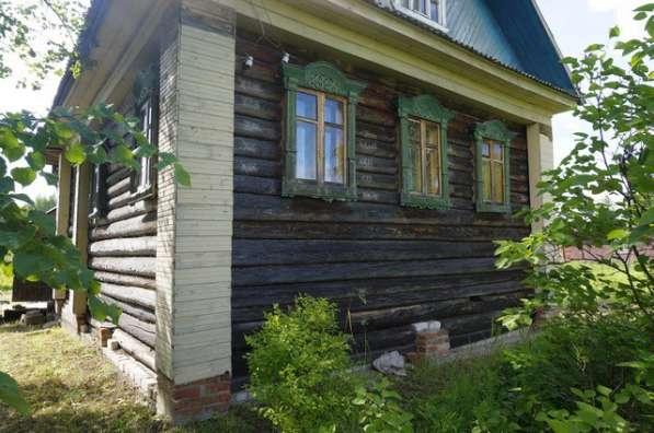 Бревенчатый дом, пригодный для круглогодичного проживания, в